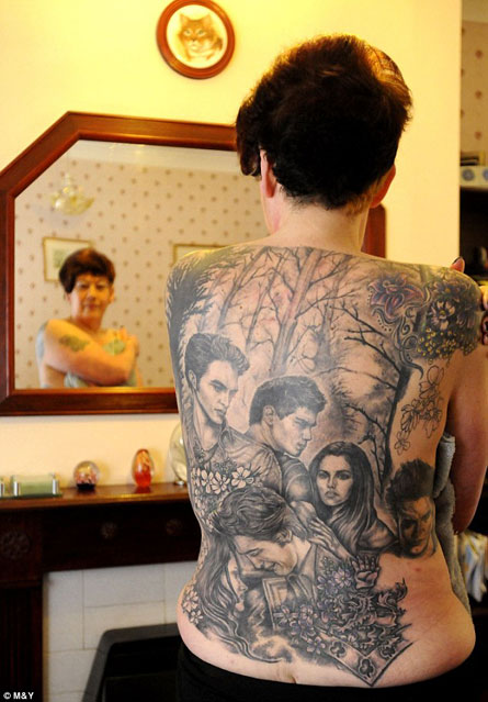 "This Woman Has Way Too Much ""Twilight"" Stuff Tattooed on Her Back"